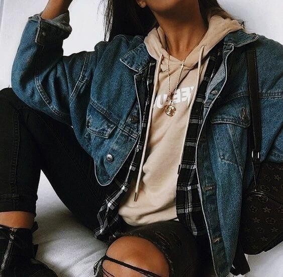 Look tumblr de inverno com jaqueta jeans