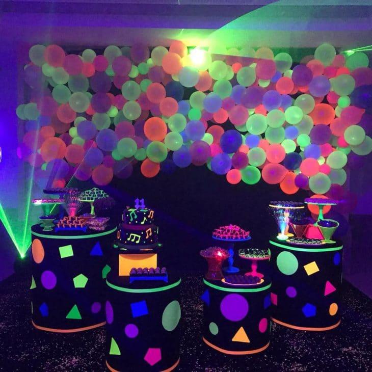 tema festa neon