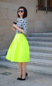 roupa feminina neon