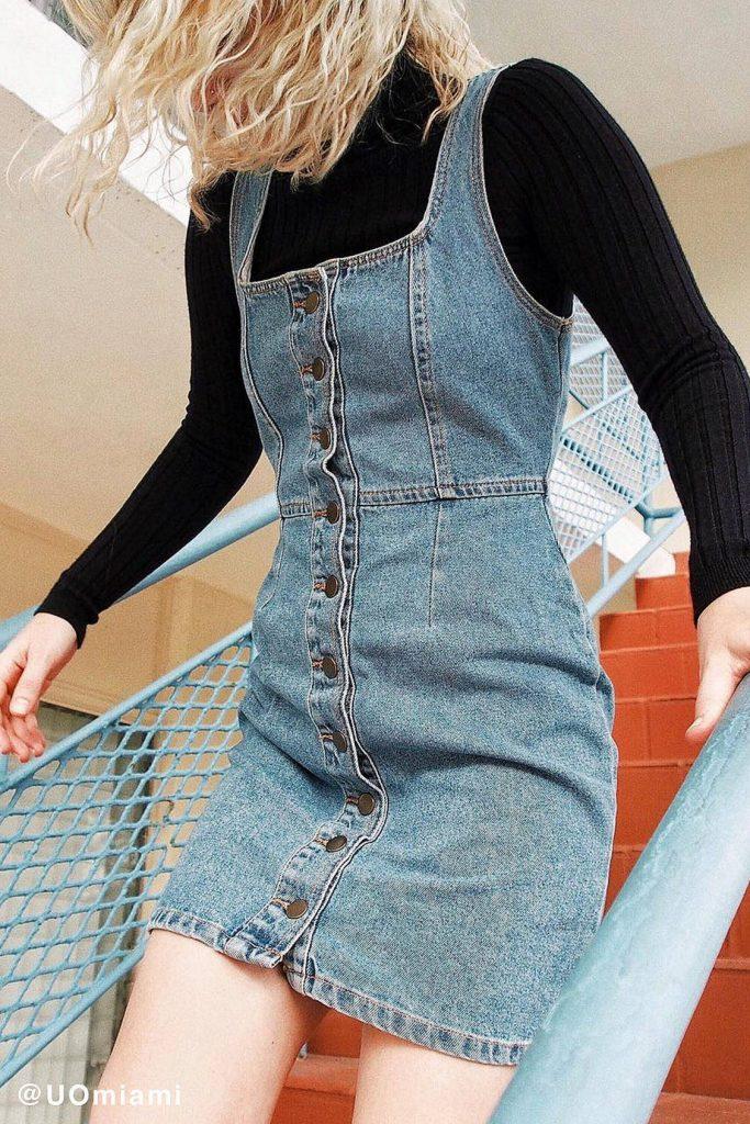 vestido jeans com botões