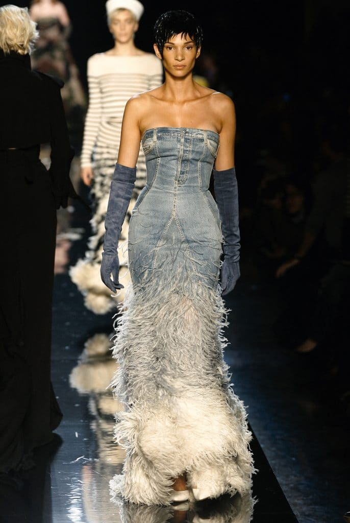 Modelo de vestido jeans