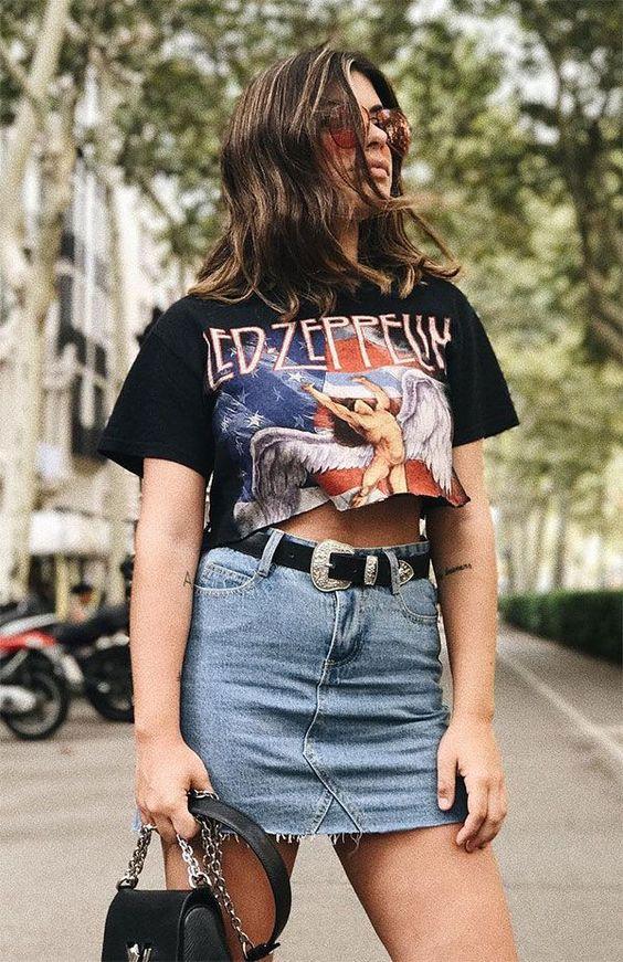 Looks com Saia Jeans e camiseta