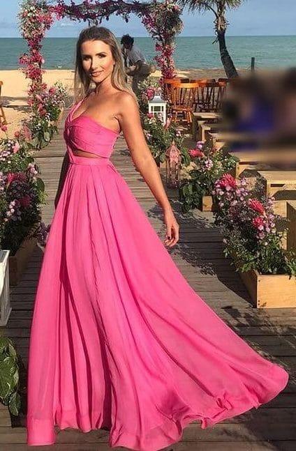 Modelo de vestido de festa: praia
