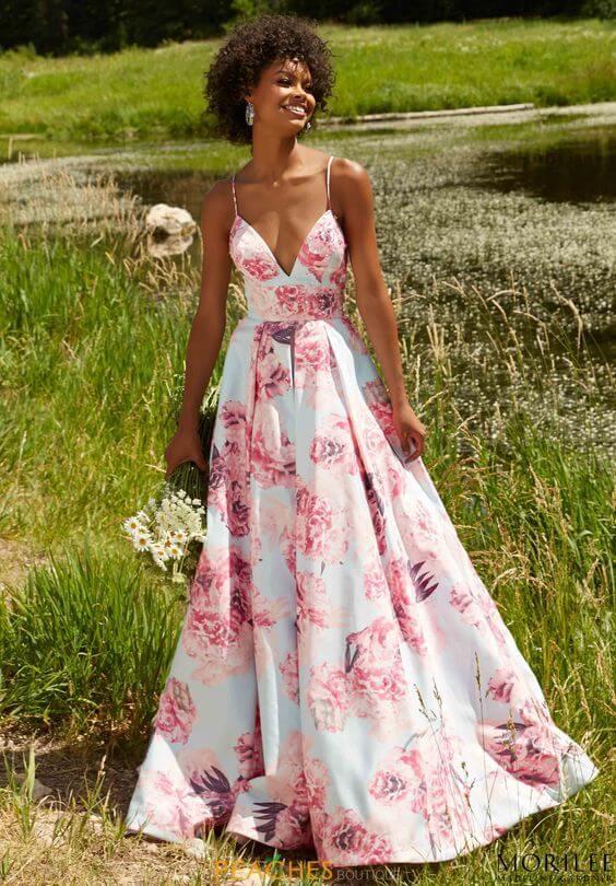 Modelo de vestido de festa: sítio