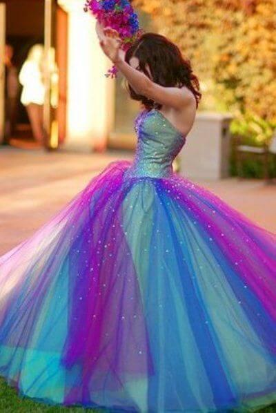 Modelo de vestidos de festa de 15 anos