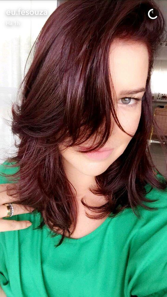 cabelo marsala Fernanda Souza