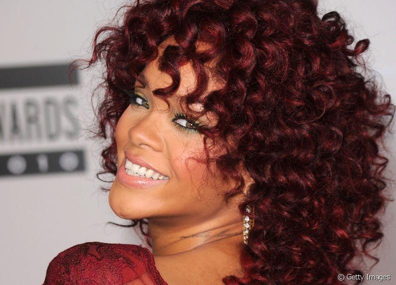 Cor de Cabelo Marsala Rihanna
