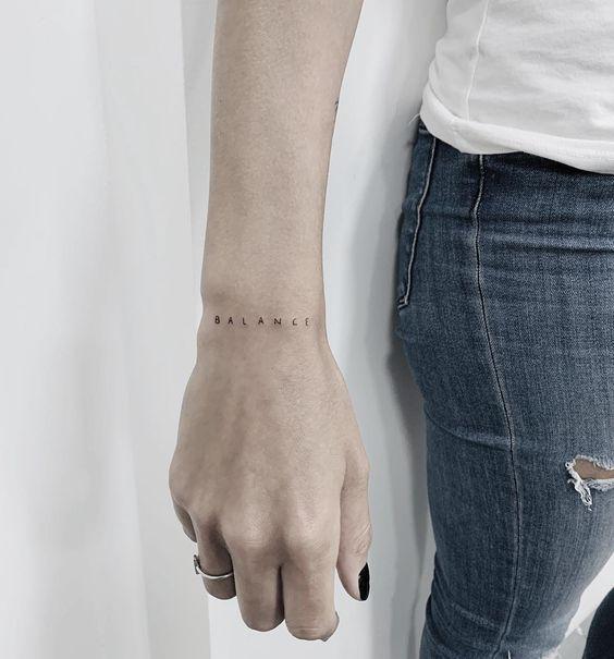 tatuagens delicadas pulso