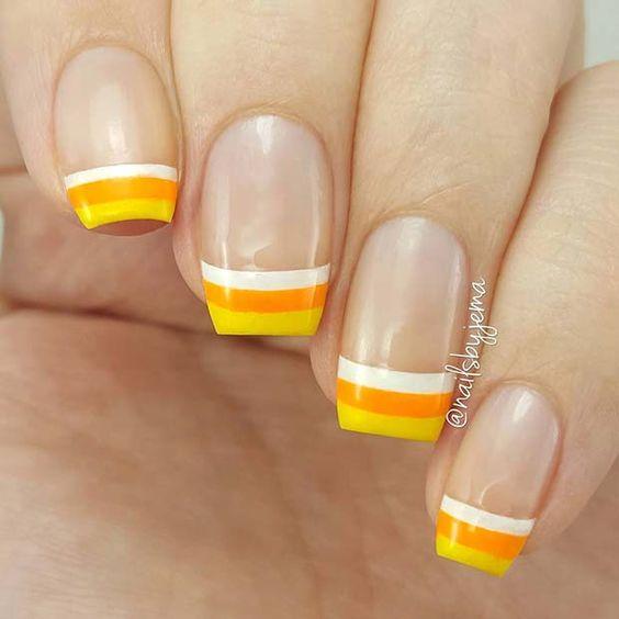Unhas francesinha triplas com amarelo, laranja e branco