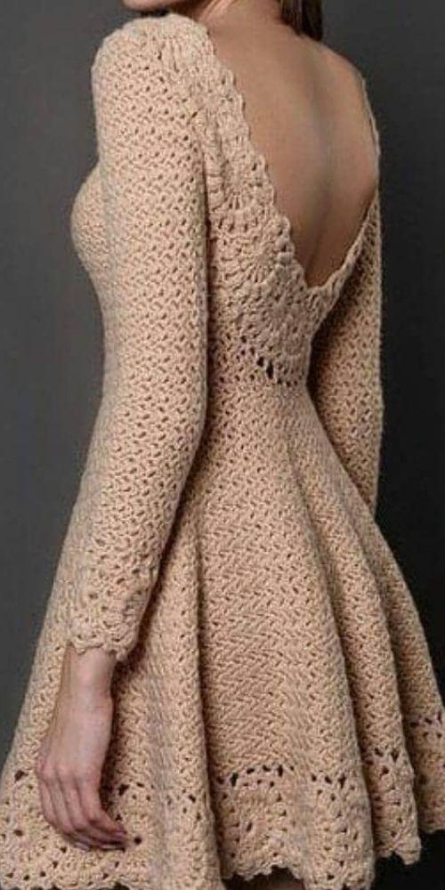 Vestido de crochê curto bege