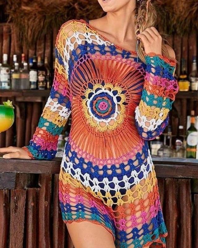 Vestido de crochê curto colorido
