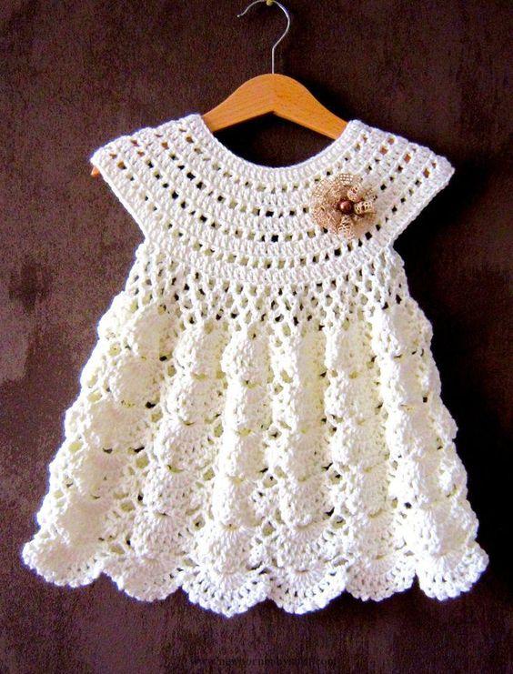 Vestido de crochê para bebê branco