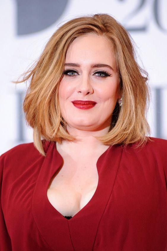 Corte de cabelo para rosto redondo e gordo, cantora Adele