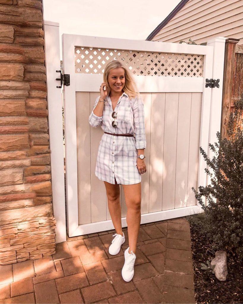 Looks de vestido com tênis para o verão