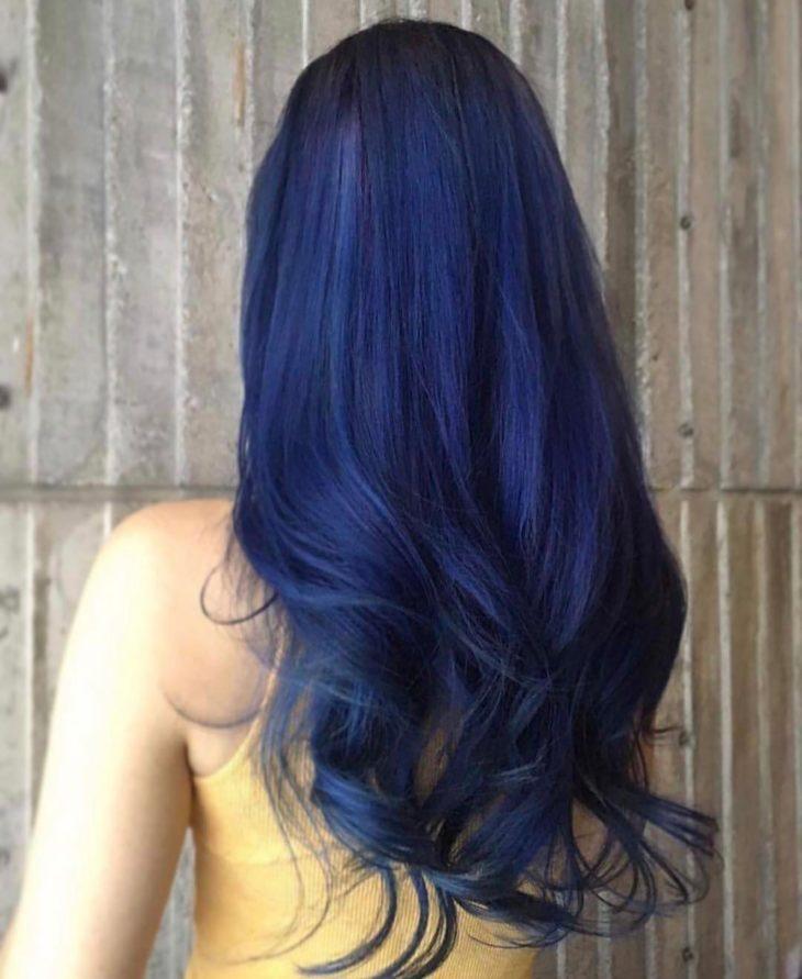 Cabelo liso azul marinho