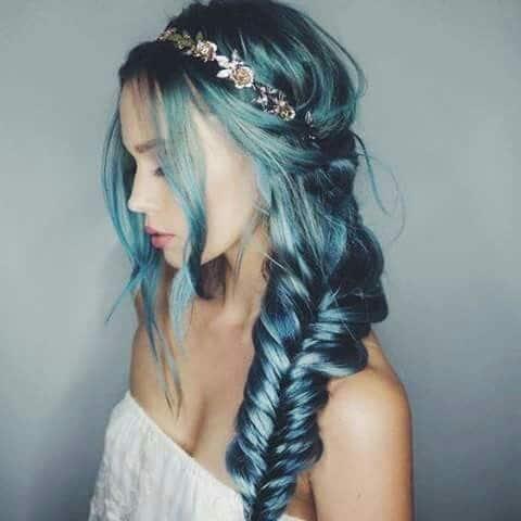 Penteado festa cabelo azul
