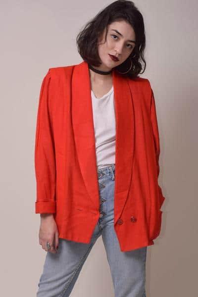 blazer vermelho estilo anos 80