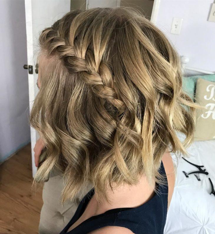 Penteados com trança no cabelo curto