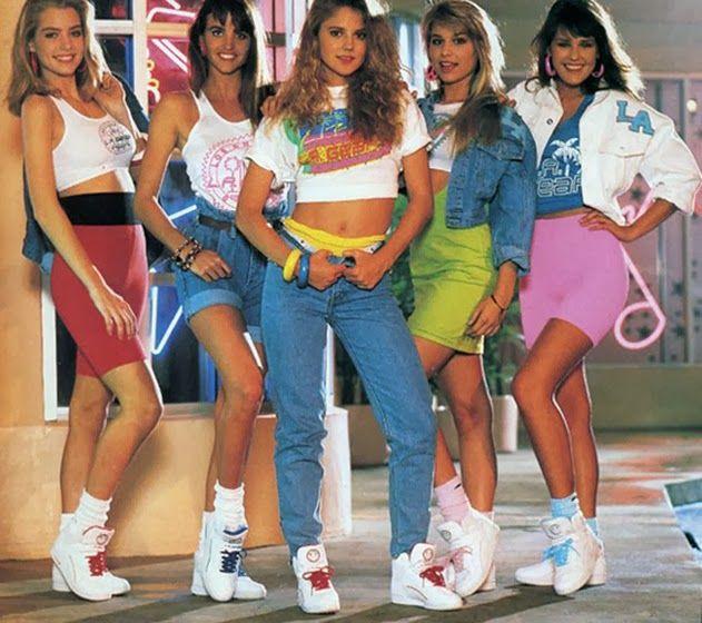 Roupas coloridas anos 80