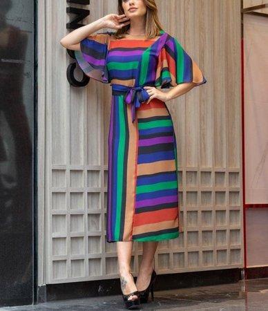 Vestido midi colorido