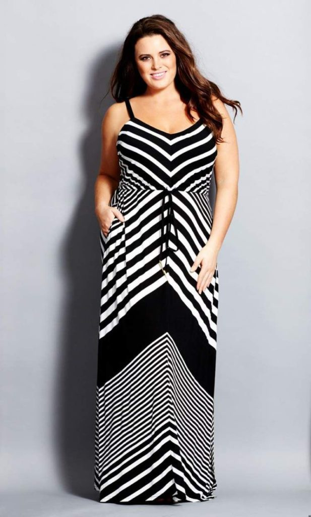 Vestido listrado na diagonal