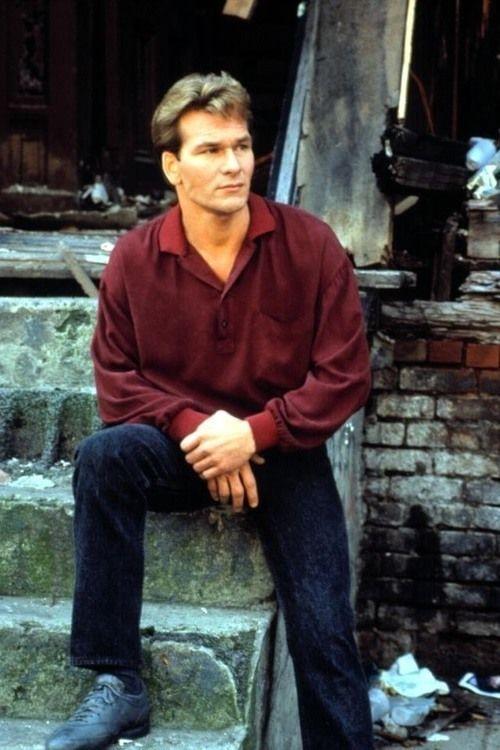 Camisa e calça nos anos 80 homens