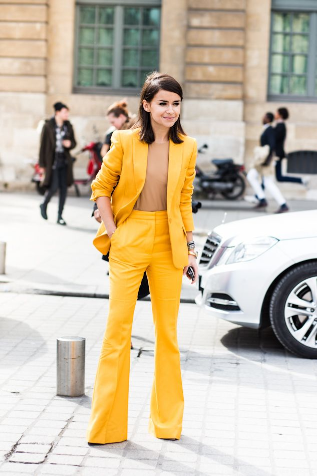 Look amarelo trabalho