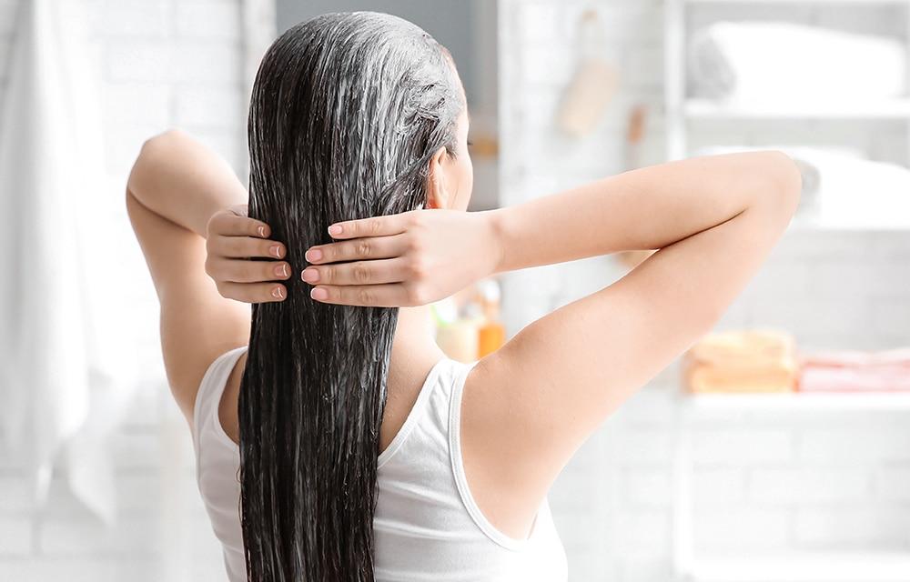 Hidratação no cabelo longo