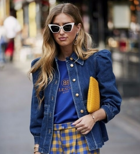 Jaqueta jeans com ombreira