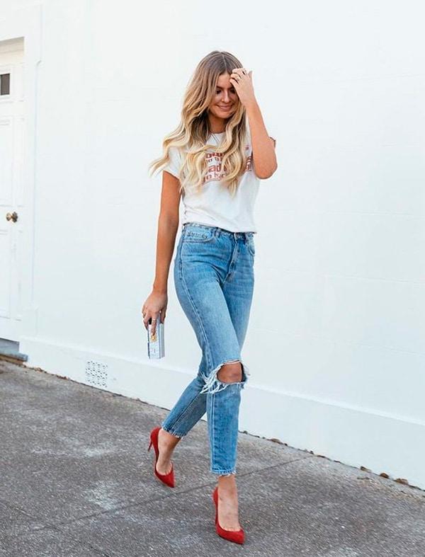 Jeans e sapato vermelho