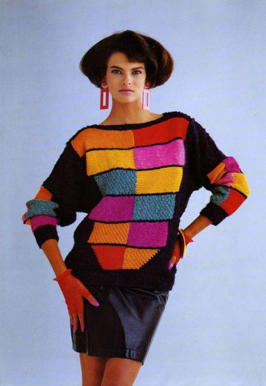 Roupas anos 80 blusa colorida