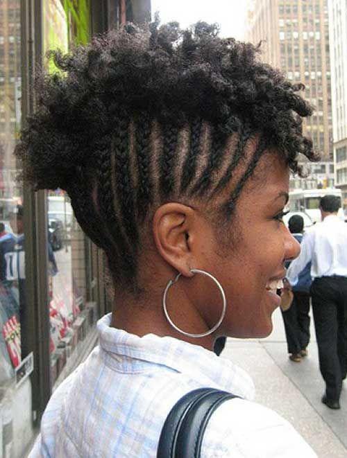 Penetado com tranças cabelo curto crespo