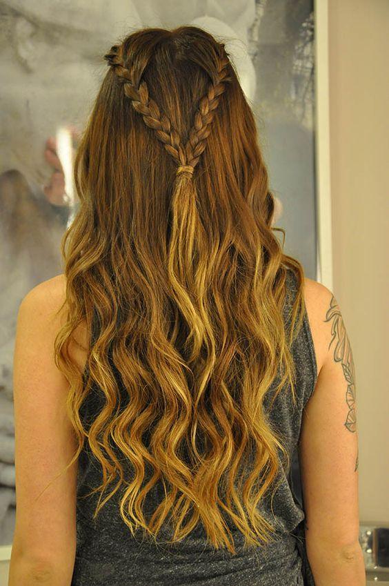 Trança simples no cabelo solto