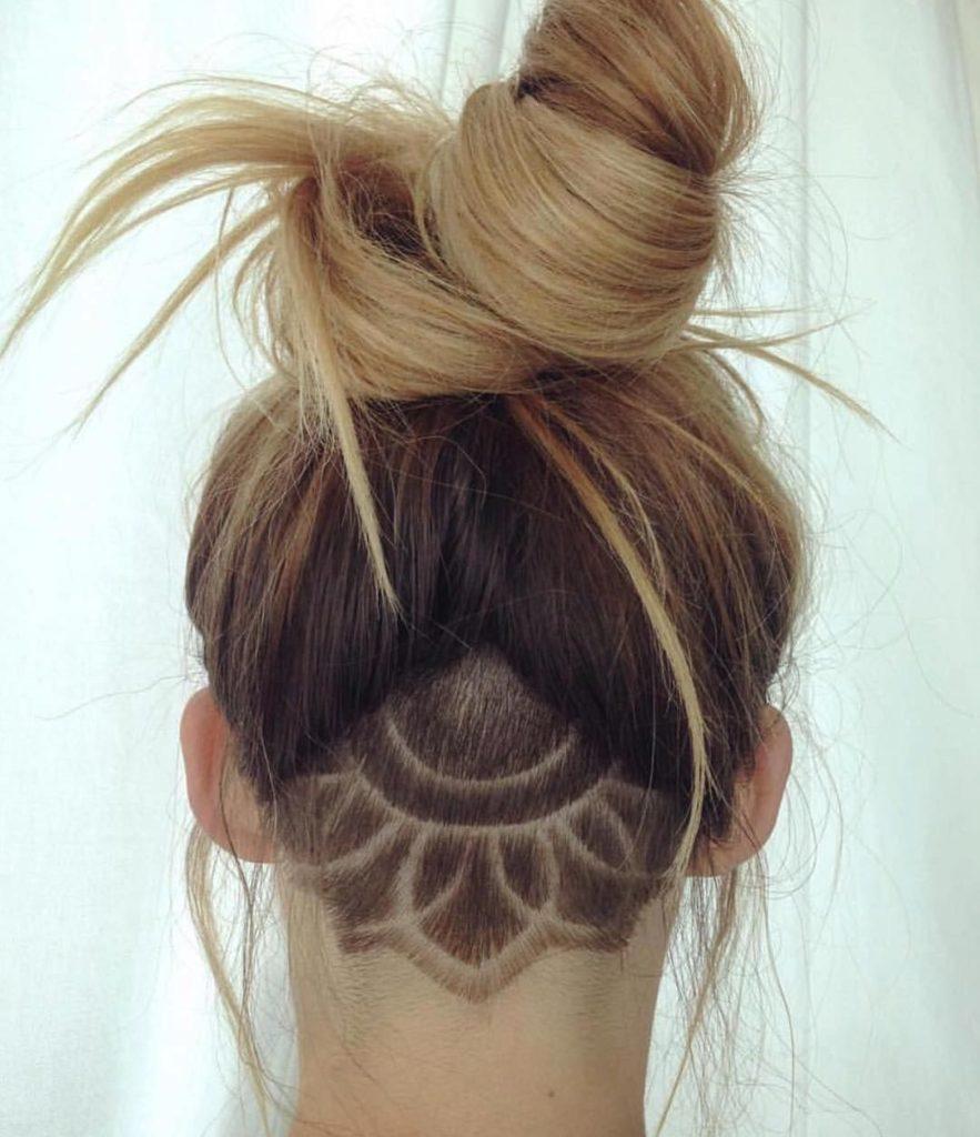Undercut feminino cabelo longo