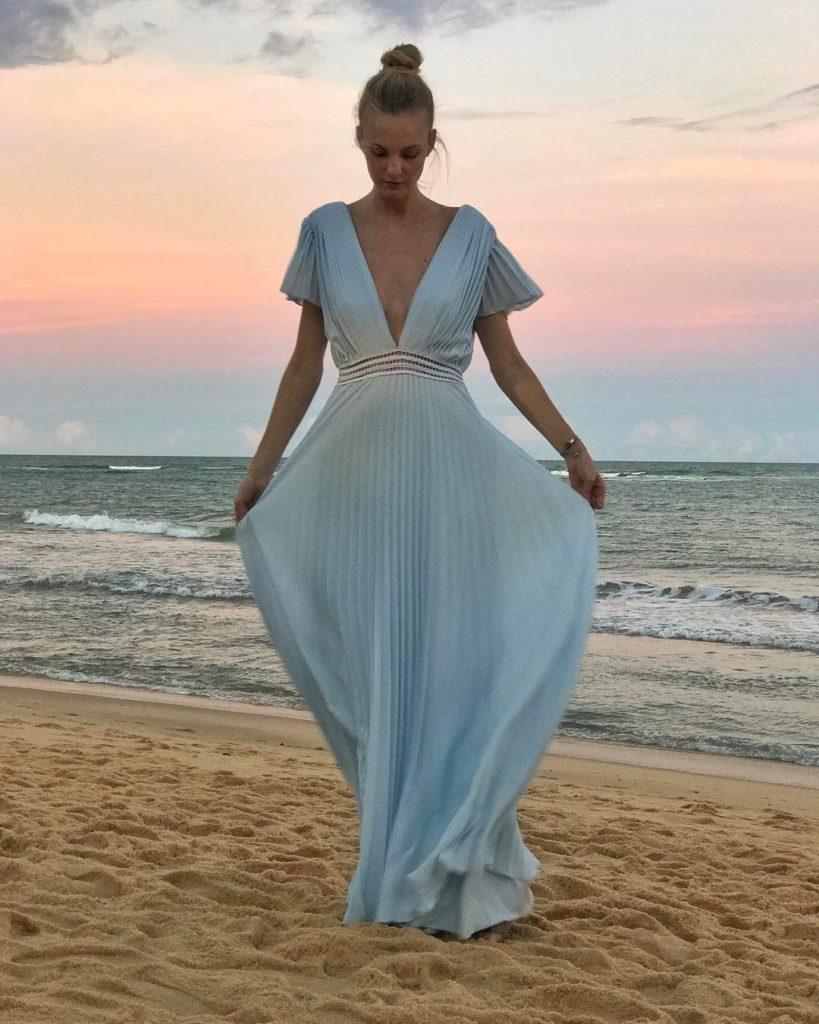 O que vestir casamento azul