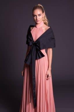 Como vestir lenço com vetido