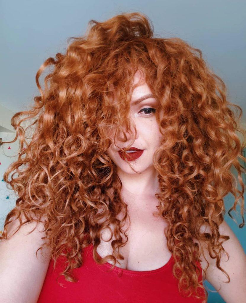 cabelo ruivo cacheado