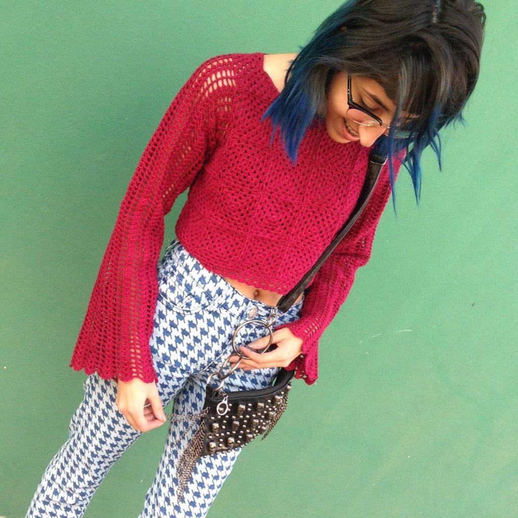 cropped de crochê manga longa vermelho