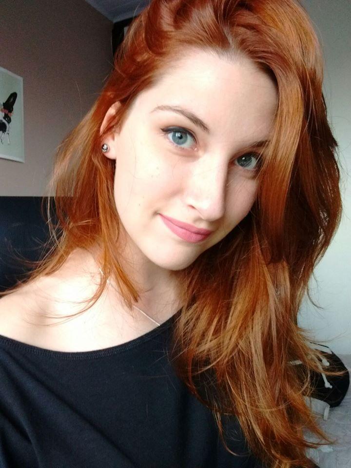 banho de brilho no cabelo ruivo