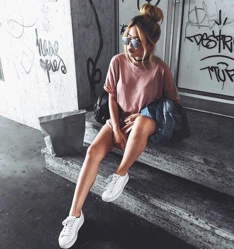 fotos tumblr sentada na escada