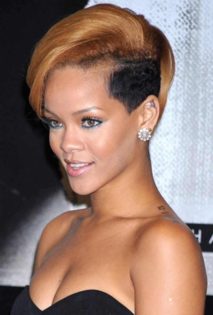 Rihanna cabelo sidecut