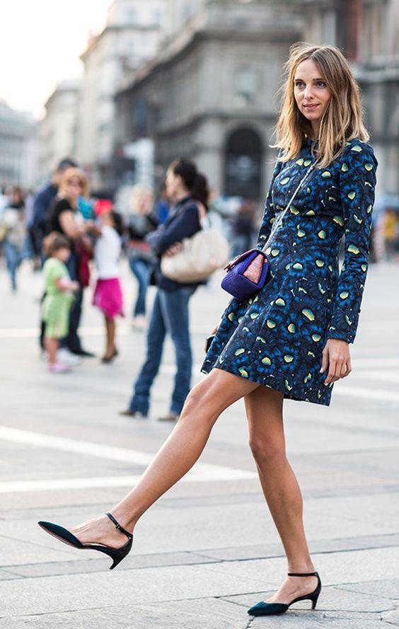 tipos de sapatos femininos com vestido florido