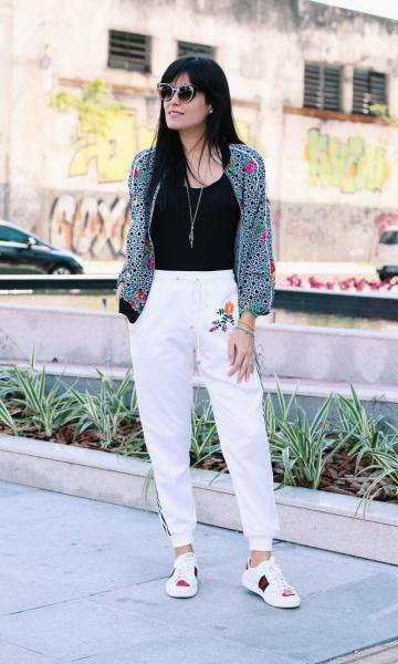 look passeio calça branca