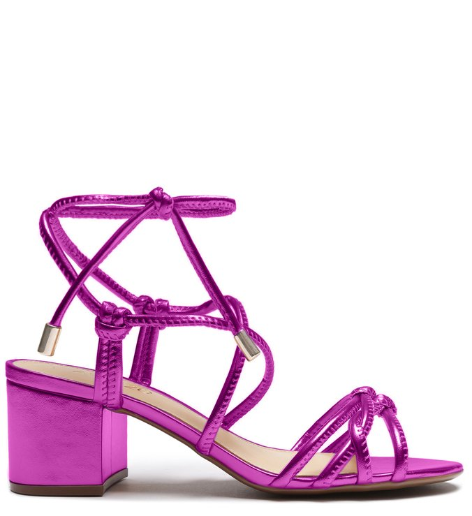 Sandália metalizada Arezzo Pink