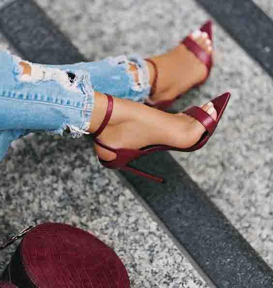 sapatos femininos vinho com bico de folha