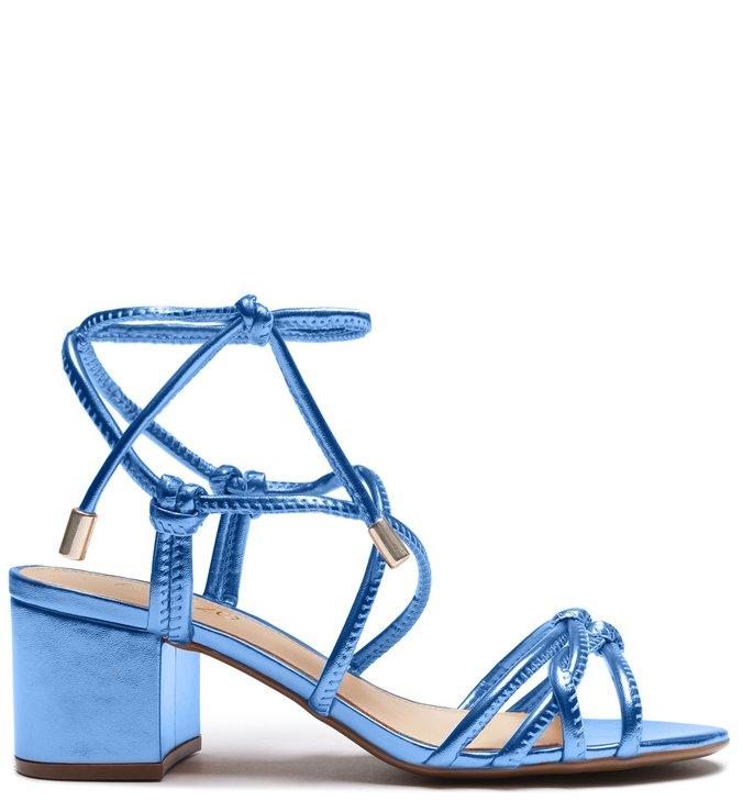Sandalia azul metalizada