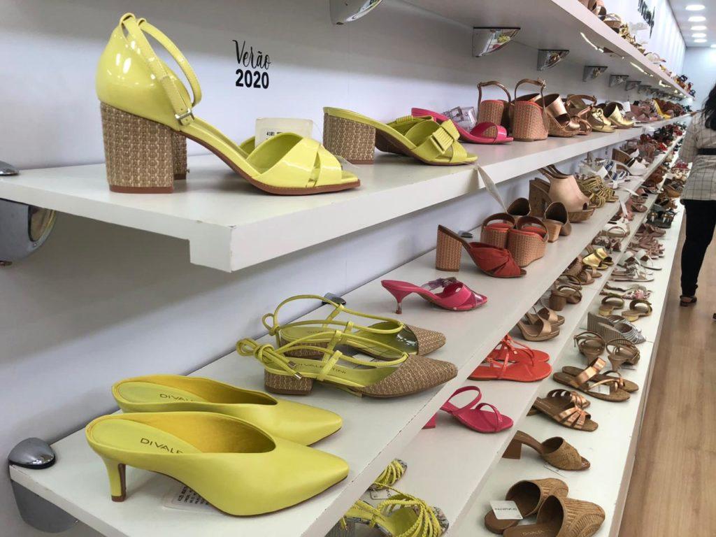 sapatos coleção 2020