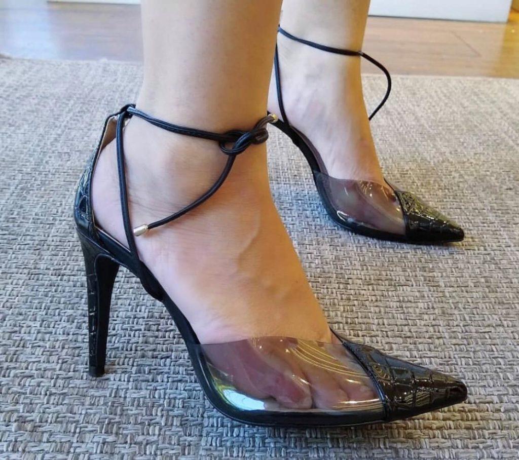 sapato feminino em vinil preto