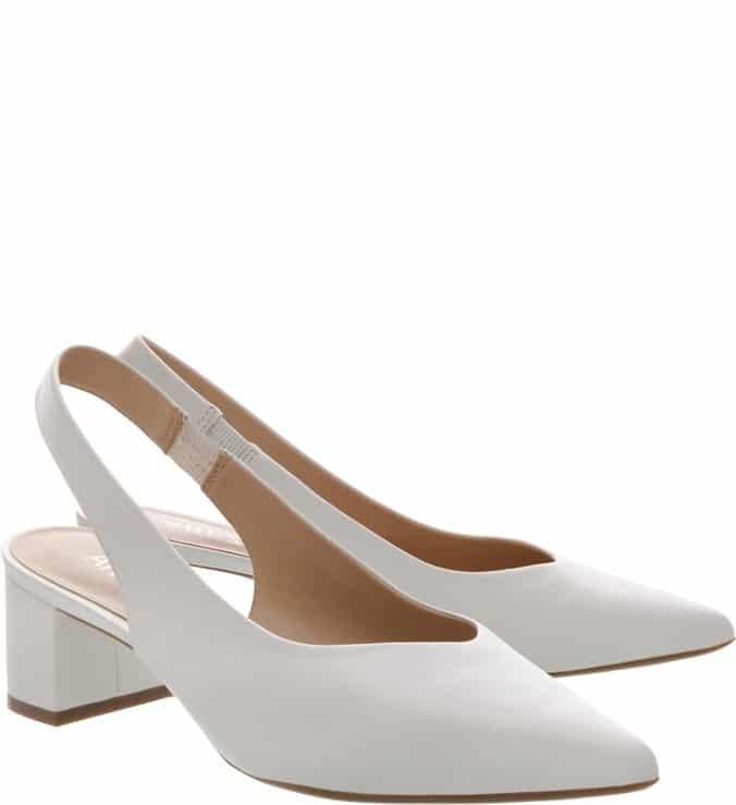 Sapato branco salto baixo
