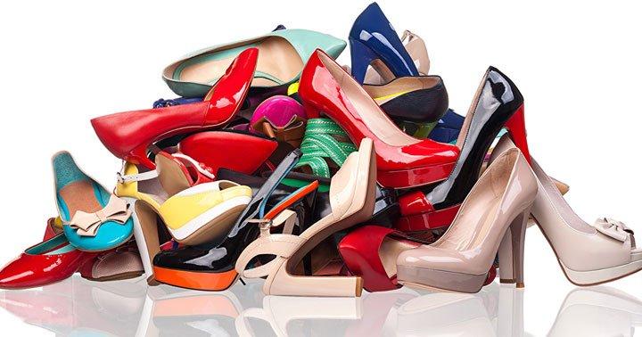 vários tipos de sapatos